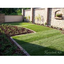 A modern vonalak és a hagyományos formavilág jellemzi a formabontó kerteket.