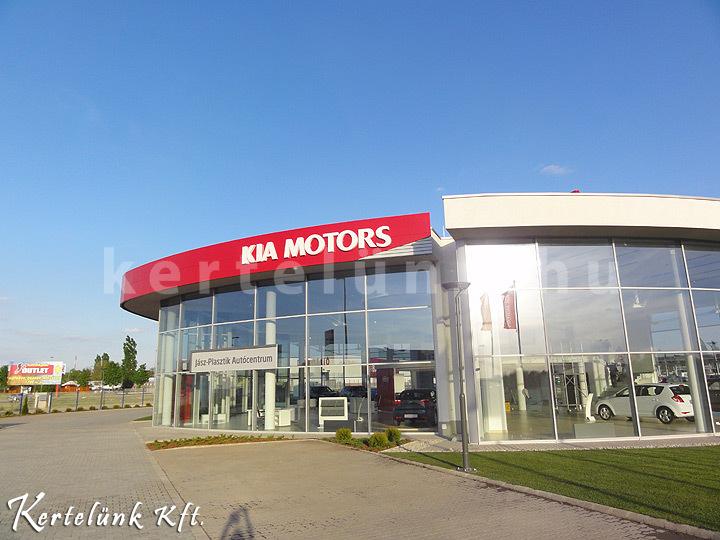 A Kia Motors parkosítása.
