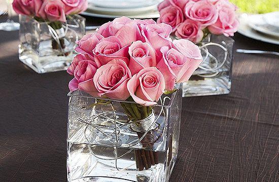 Rózsa üvegedényben